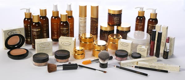 Natural mineral makeup and skincare